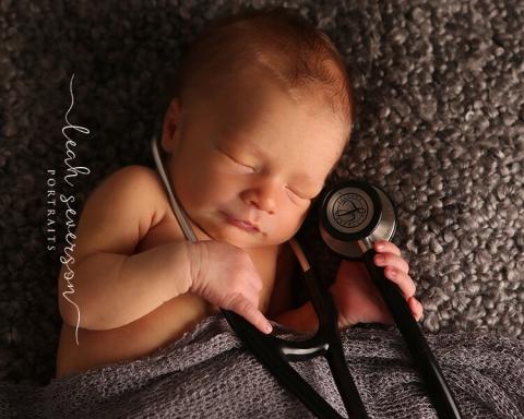 newborn picture of griffin
