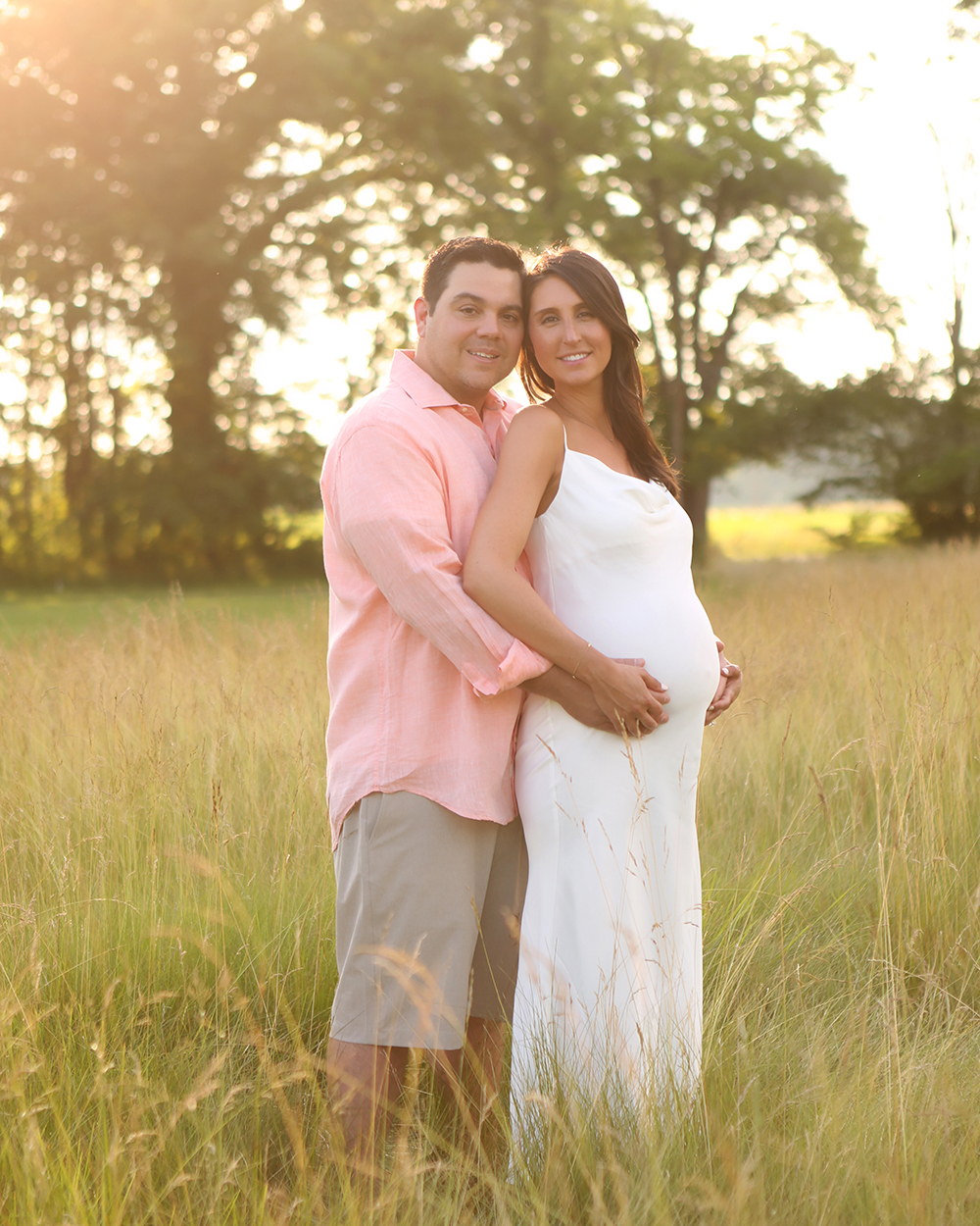 outdoor-pregnancy-portraits-carmel-indiana