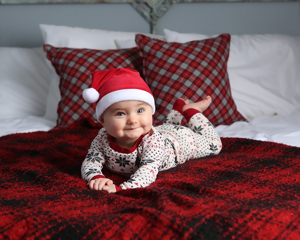 christmas baby photoshoot