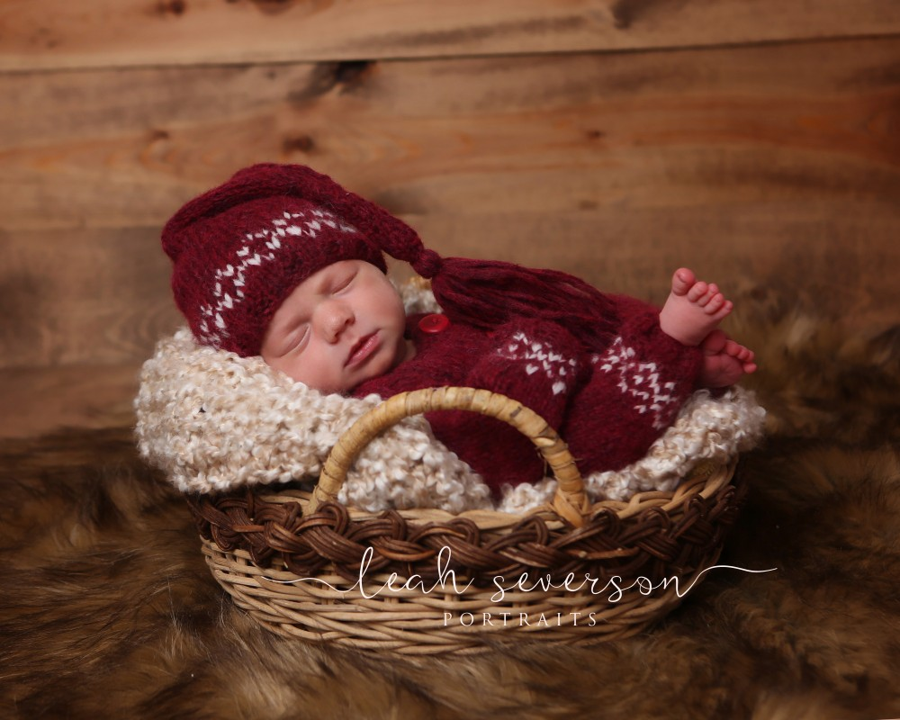 newborn-baby-sleeping-basket-indianapolis