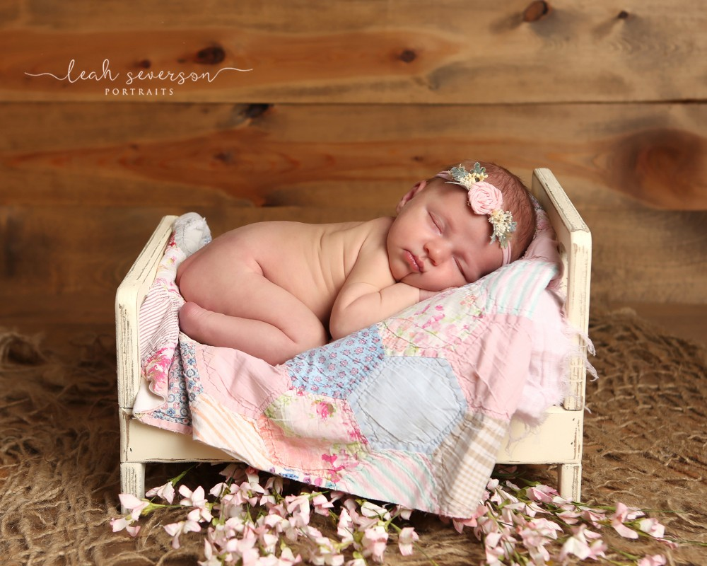 newborn-photographer-carmel-indiana-mackenzie