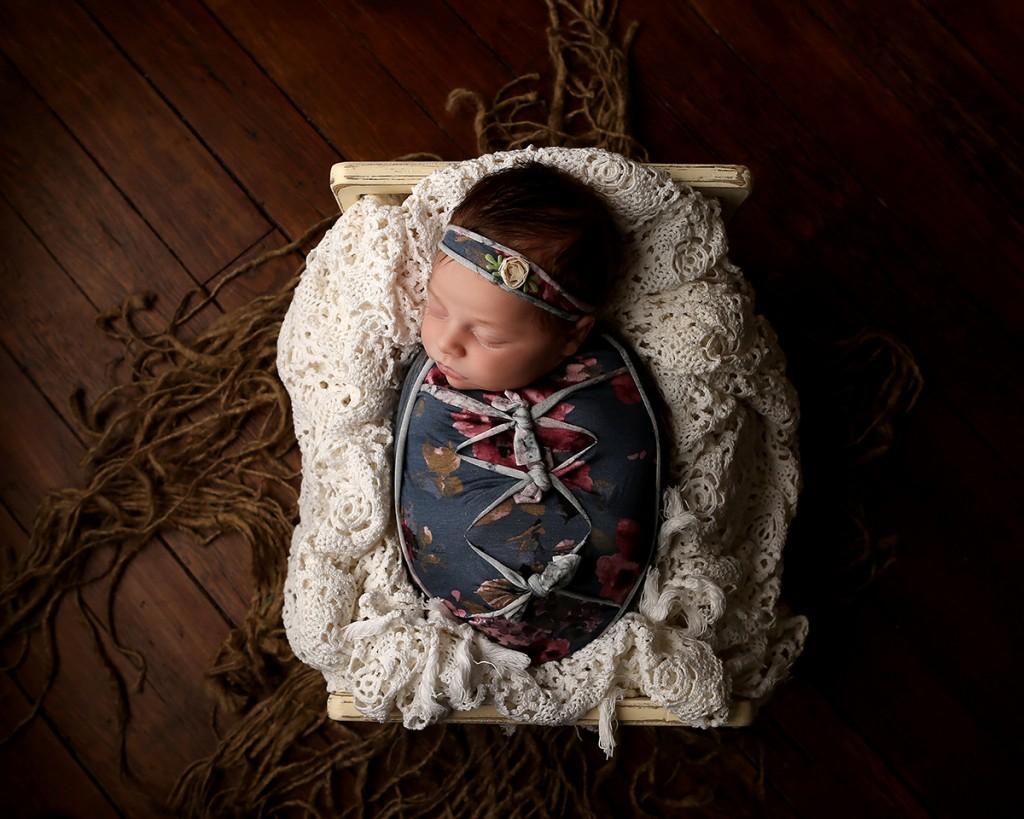 newborn-photographer-indianapolis-zoey-scarlett-10