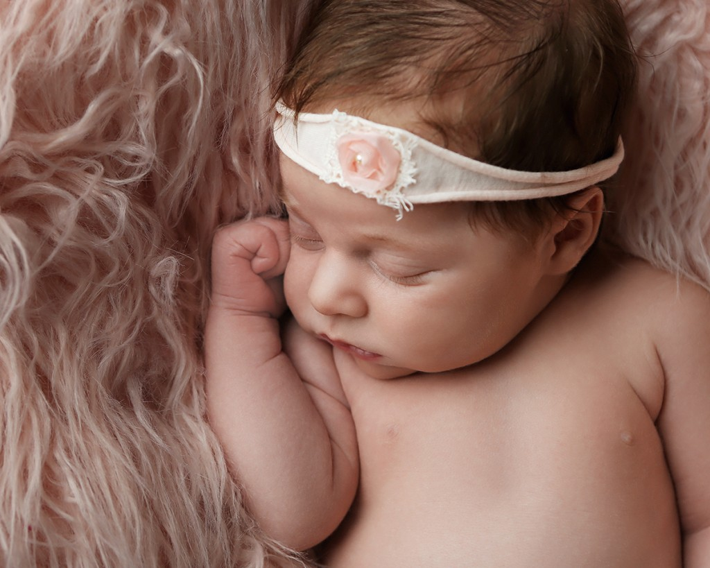newborn-photographer-indianapolis-zoey-scarlett-3