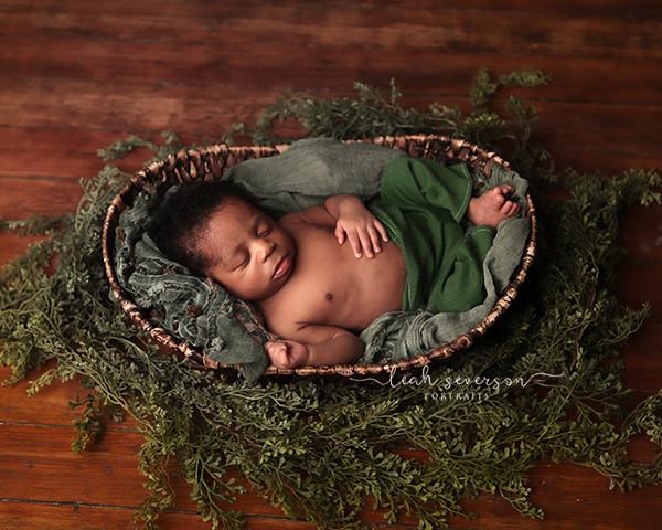 newborn-photographer-westfield-indiana-9