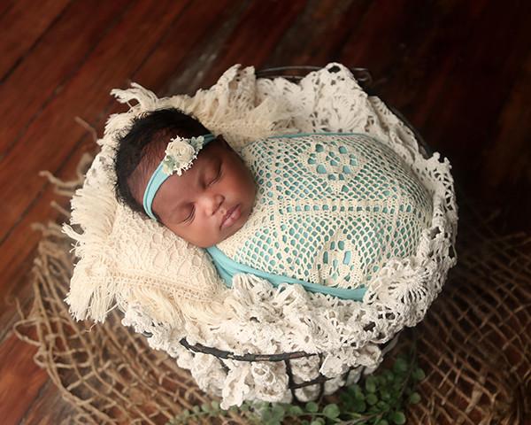 newborn-photoshoot-indianapolis-photographer-madison-16