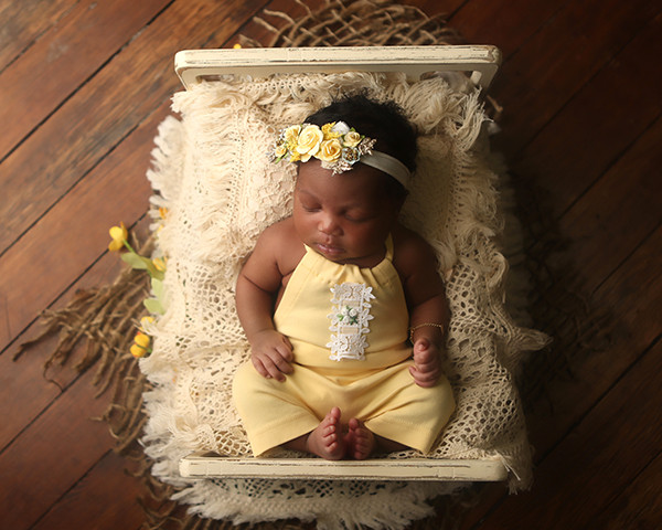 newborn-photoshoot-indianapolis-photographer-madison-9
