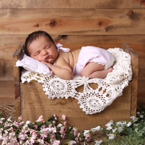 best-sleeping-newborn-photography-indianapolis