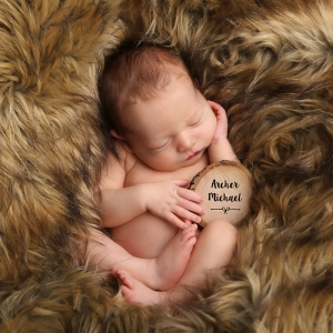 fun-newborn-baby-photo-idea