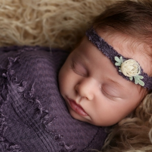 newborn-photographer-indianapolis-zoey-scarlett-1