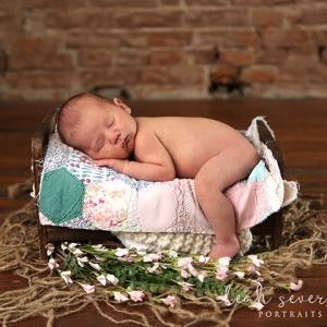 newborn-photographers-near-me-15