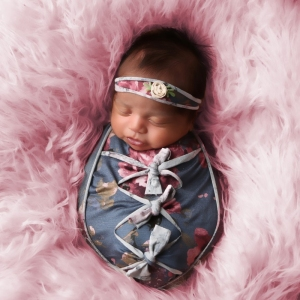 newborn-photography-baby-girl-pink-fur