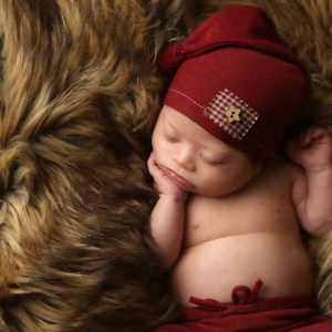 newborn-sleeping-fur-carmel-indiana