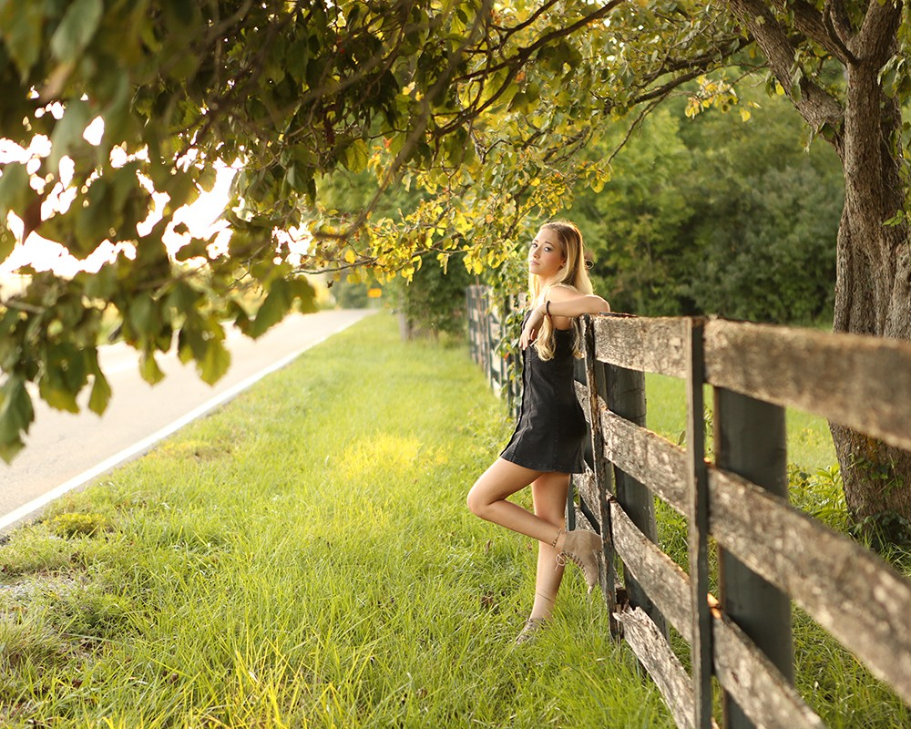 senior-picture-girl-carmel-indiana