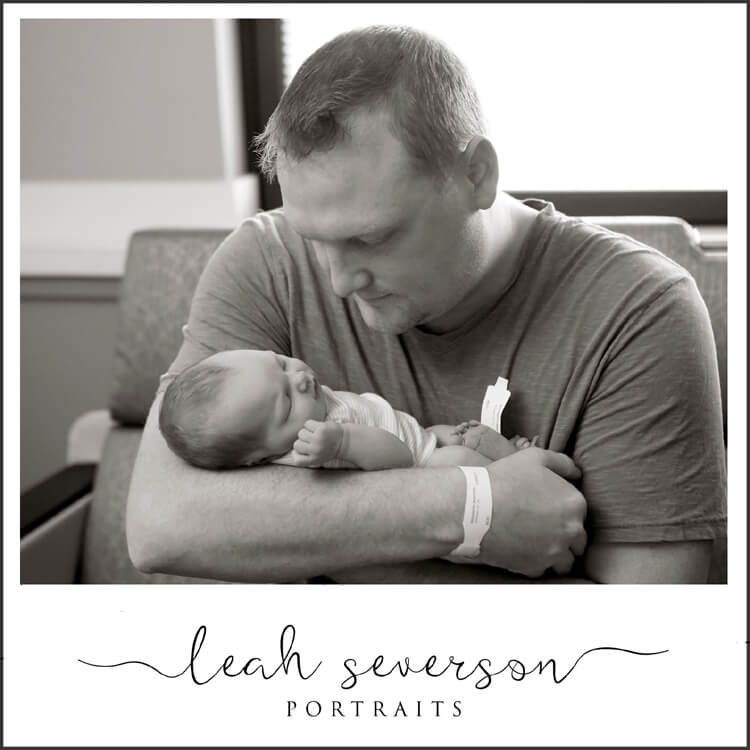 daddy daughter newborn portraits