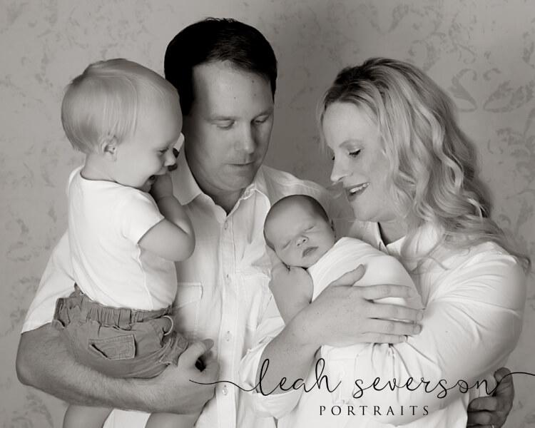 baby-family-portrait-carmel-adler
