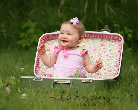 CARMEL-INDIANA-BABY-PHOTOGRAPHER-OLIVIA