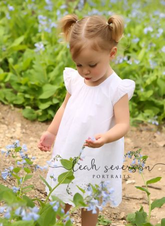 photograph in carmel, indiana of baby mallory in flowers