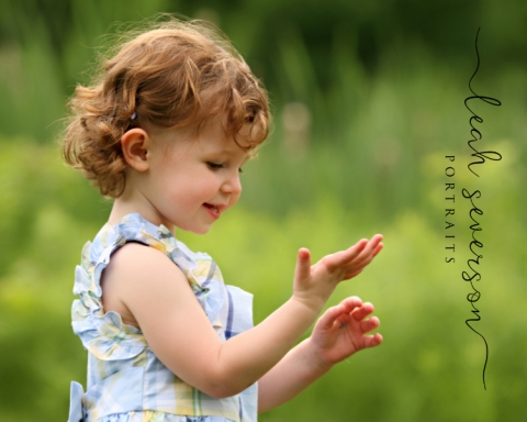 childrens-photographer-zionsville-in-elise-outdoors