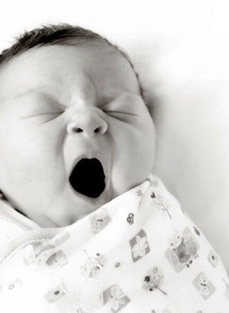 baby photographer indianapolis olivia yawning during fresh 48 portrait session