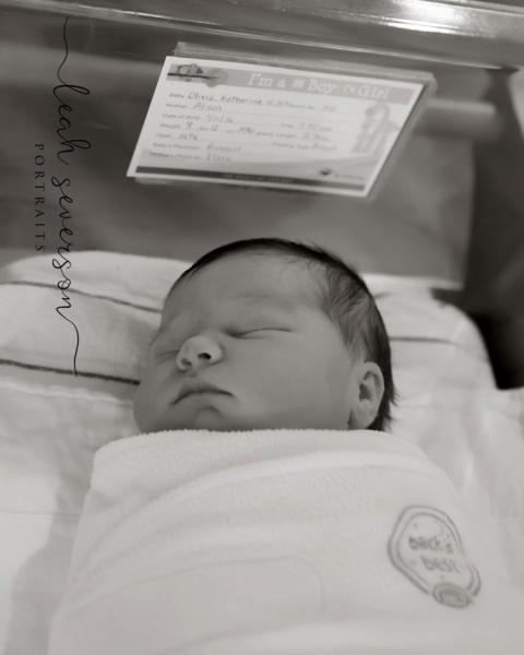 fresh-48-newborn-portraits-indianapolis-carmel-in-olivia