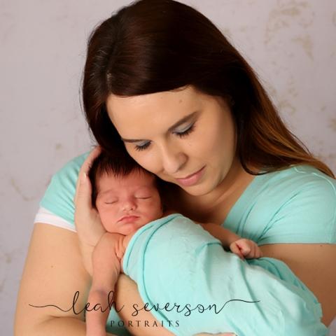 newborn-mother-child-portrait-madison-indianapolis