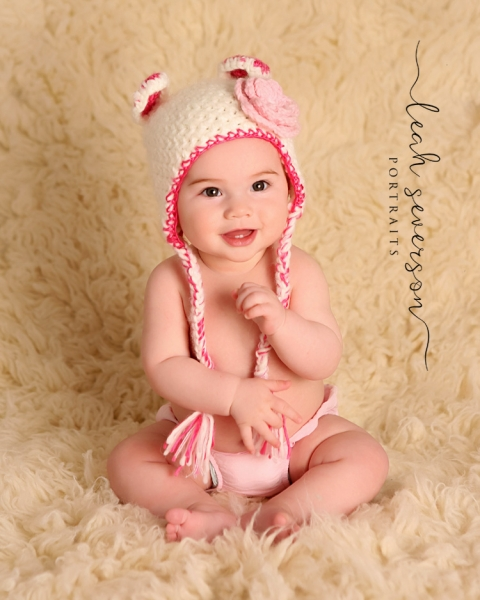 westfield-portrait-photographer-baby-presley-wearing-pink-hat