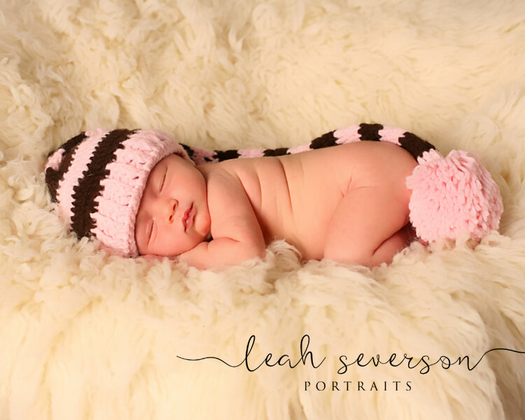 indianapolis baby photographer halle wearing pink hat