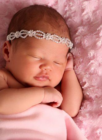 newborn photography westfield alani wearing sparkly headband