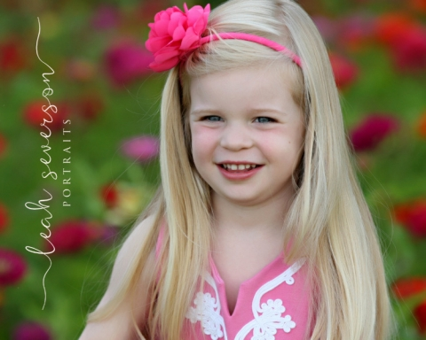 carmel-childrens-photographer-hailey-flowers