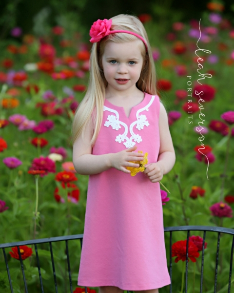 childrens-photographer-indianapolis-hailey-serious-face