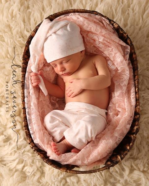 newborn-portraits-indianapolis-sloan