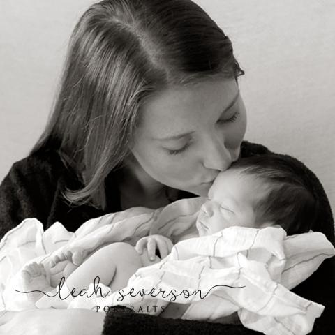 newborn-photography-annie-carmel-in