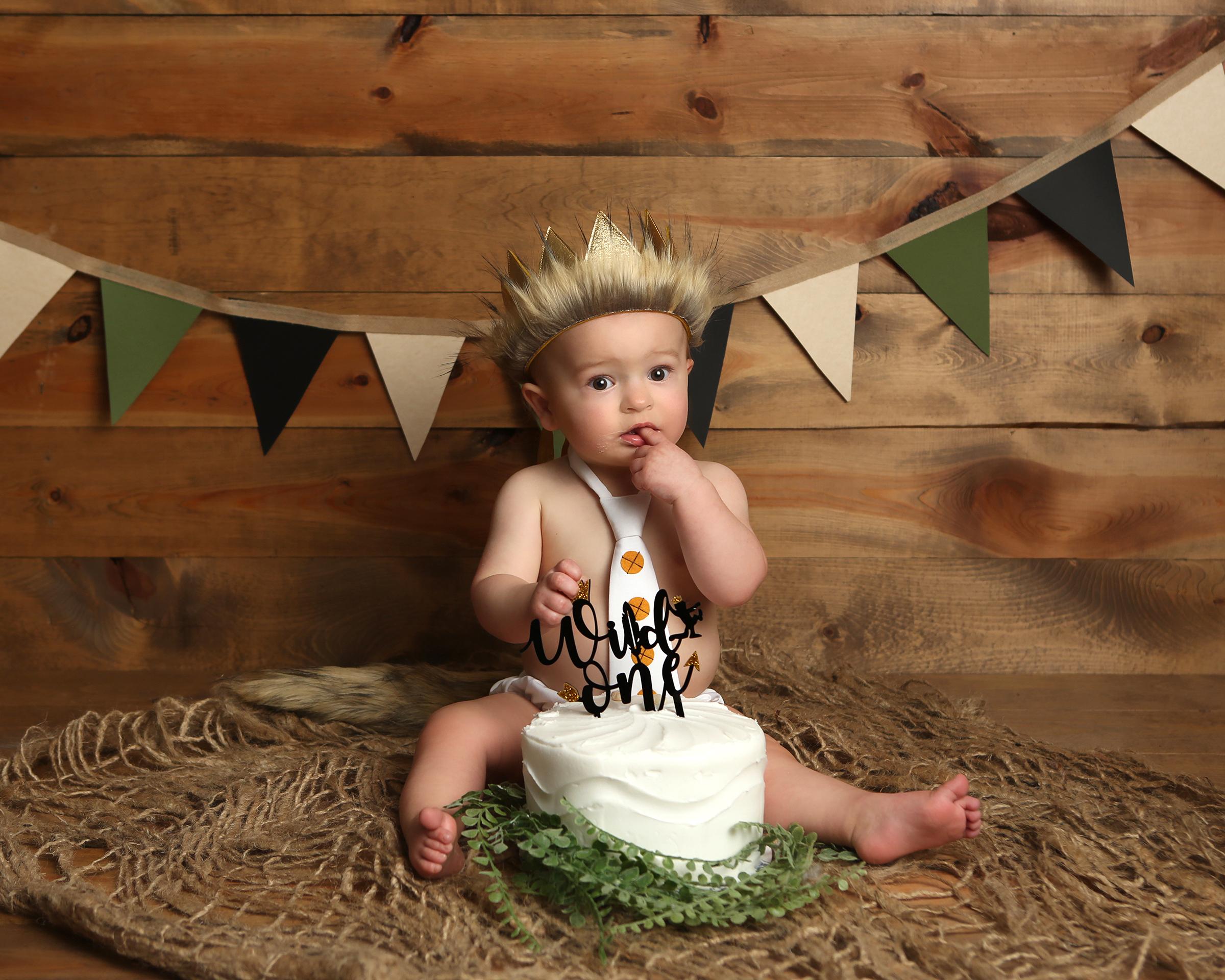 smash cake birthday photography