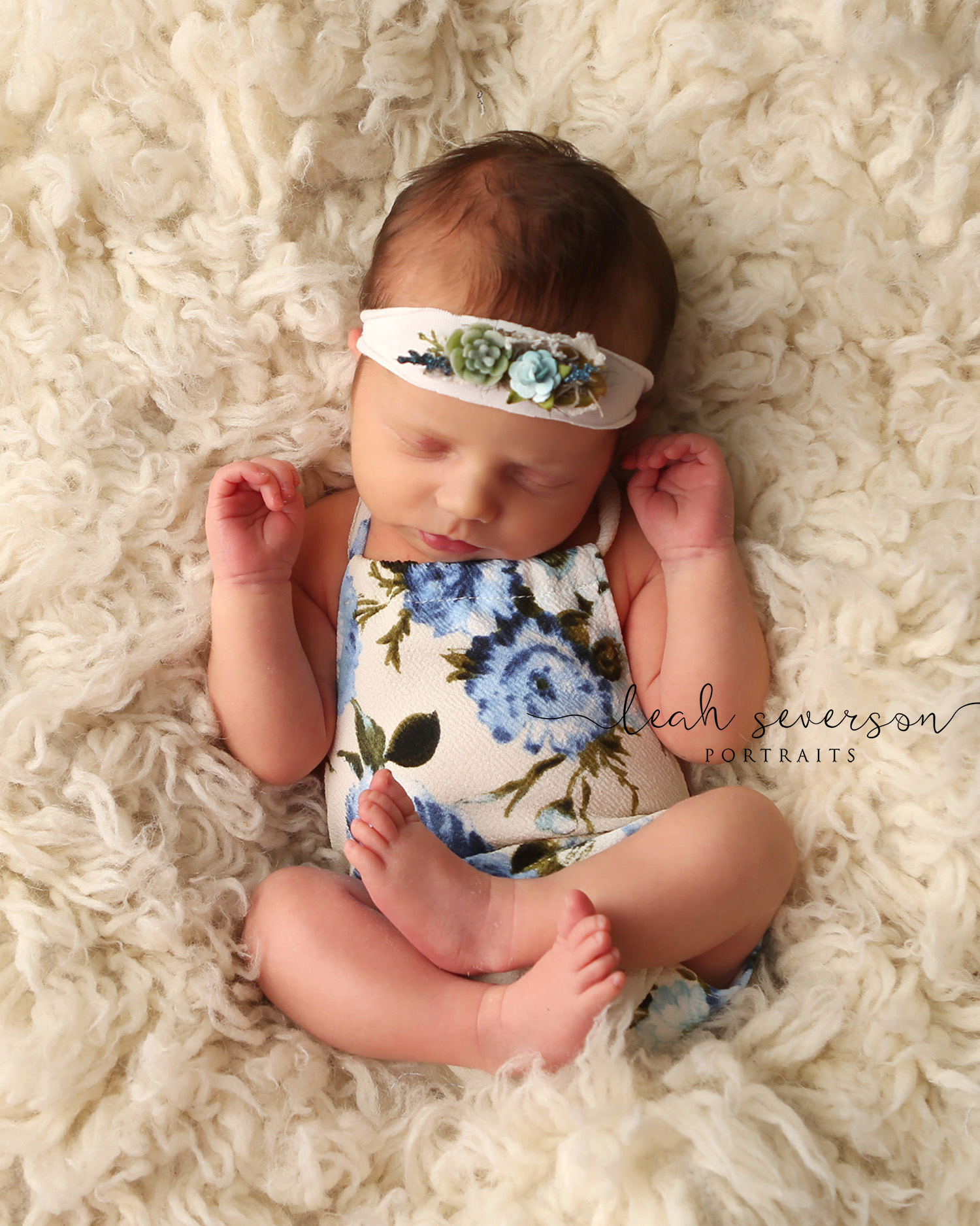 newborn photo shoot carmel indiana
