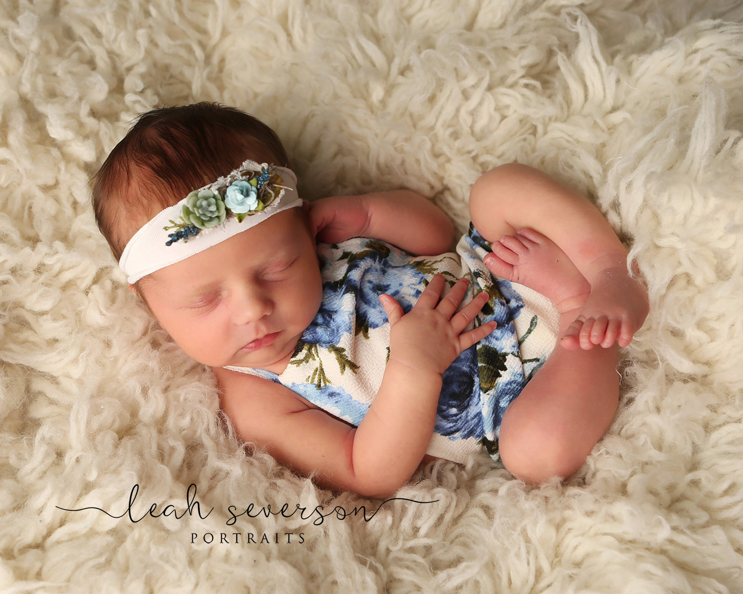 newborn picture carmel indiana