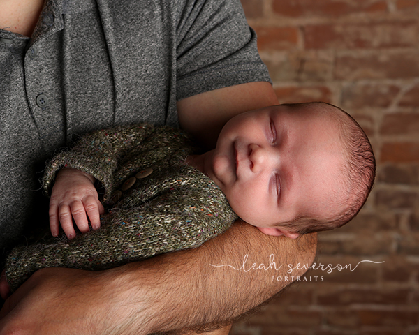 newborn photographer carmel in