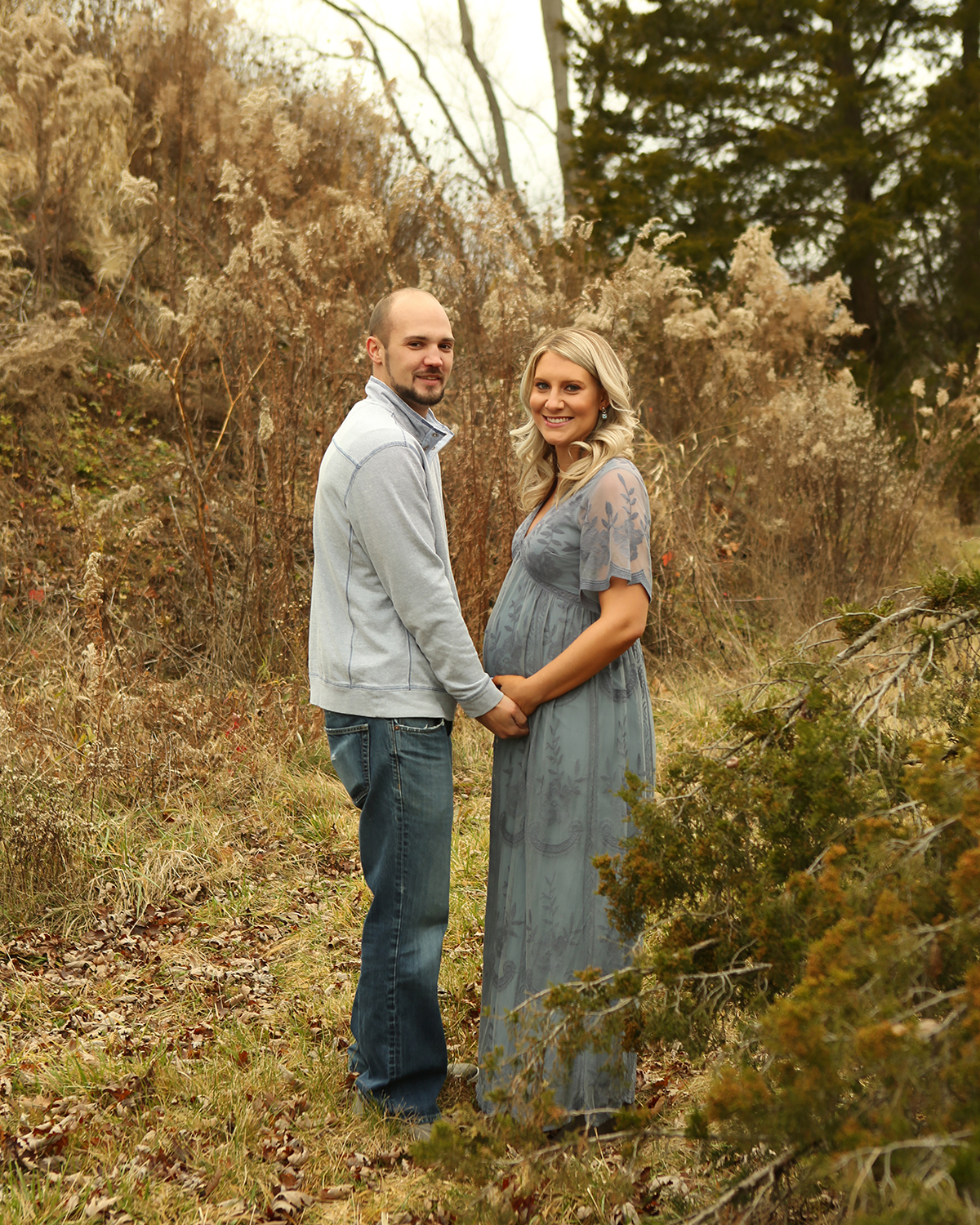 best maternity photographer carmel indiana