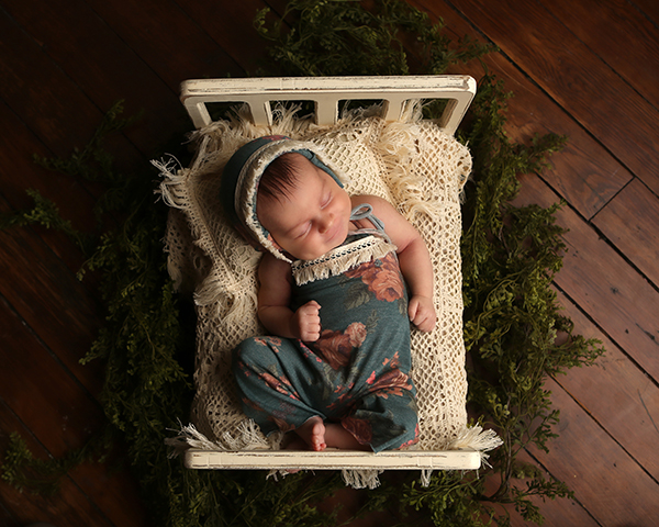 newborn photoshoot indianapolis serafina