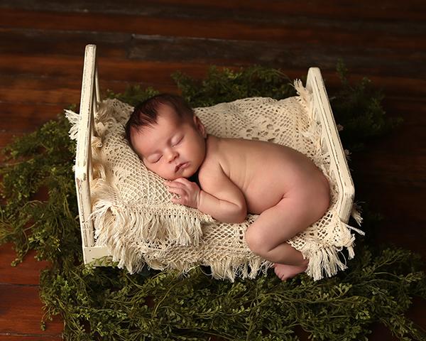 newborn photograph indianapolis serafina