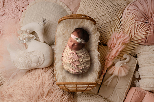 newborn photography by baby photographer leah severson