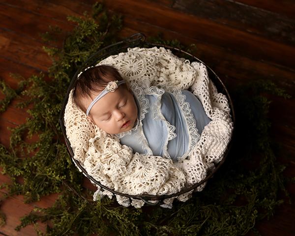 newborn baby picture indianapolis