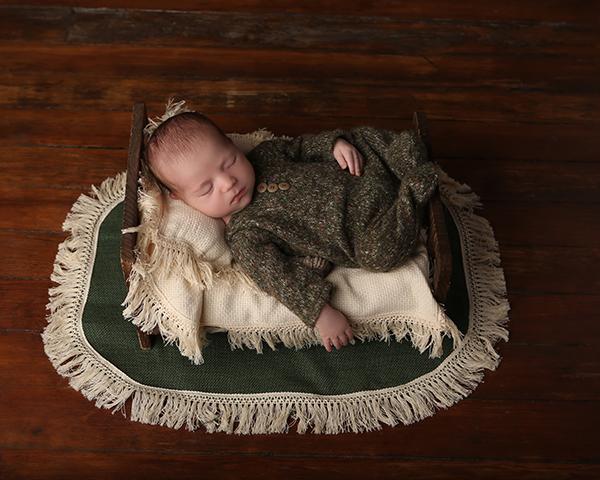 newborn photoshoot sleeping baby carmel indiana