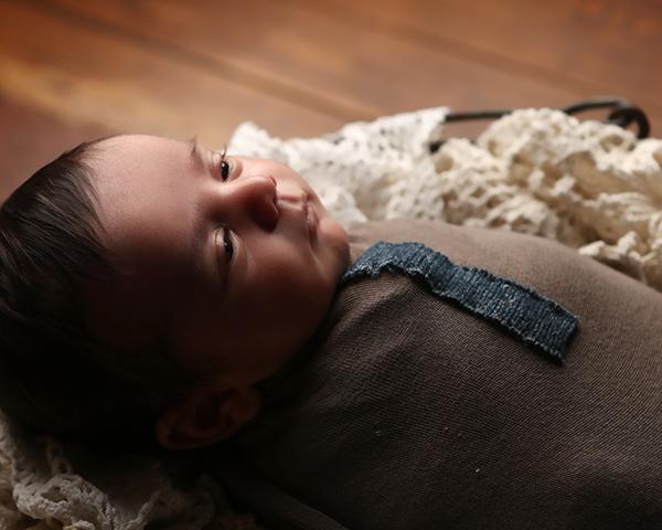 newborn baby studio photoshoot indianapolis