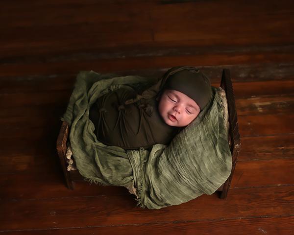 newborn baby photographer indianapolis