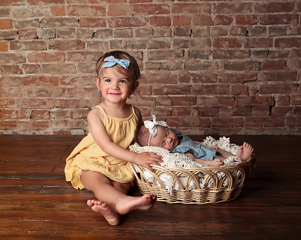 newborn photographer Carmel Indiana Ada